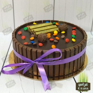 Kit Kat Cake with m&m's - large