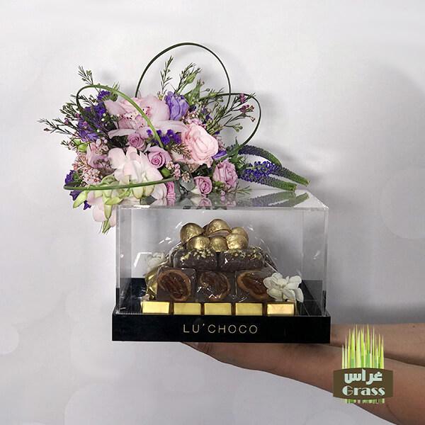 LU'CHOCO Chocolate Acrylic Base with flower 2